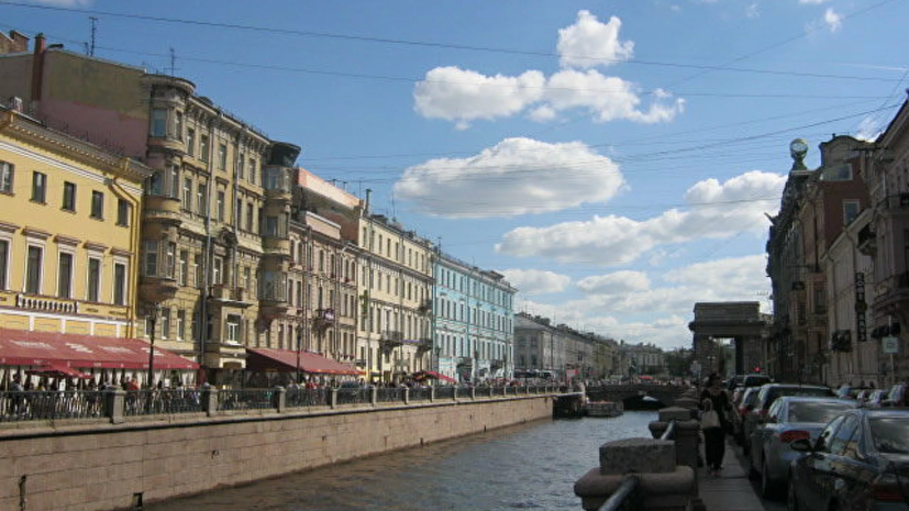 Петербург возглавил рейтинг популярных направлений для путешествий в августе
