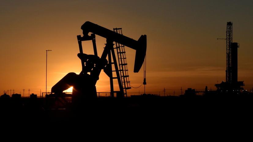 Цена нефти Brent опустилась ниже $66 за баррель впервые с 21 мая
