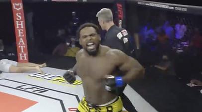 В США боец ММА одержал победу за 18 секунд