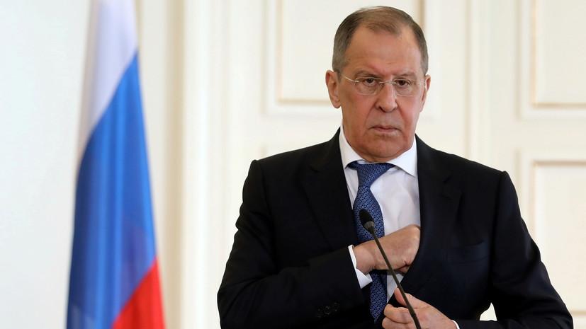 Лавров проголосовал на выборах в Госдуму