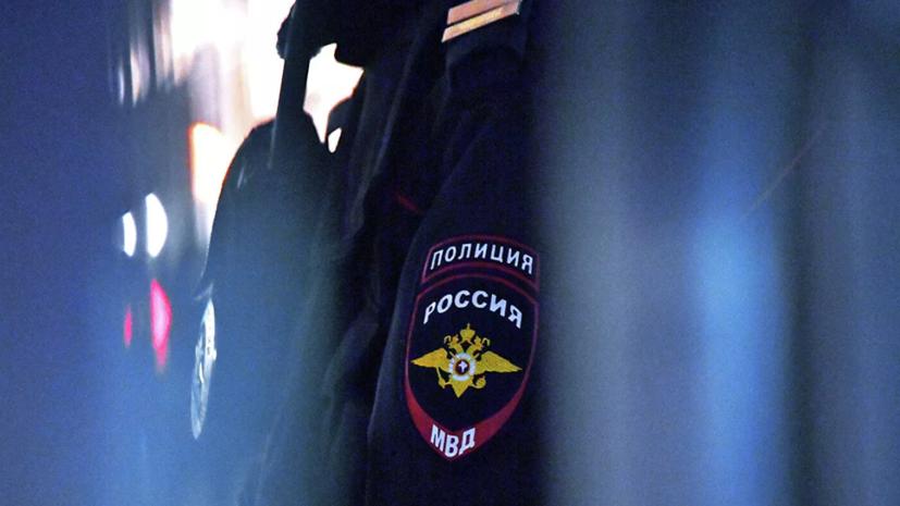 В МВД рассказали о тренировочном задержании мужчины с оружием в школе в Туринске
