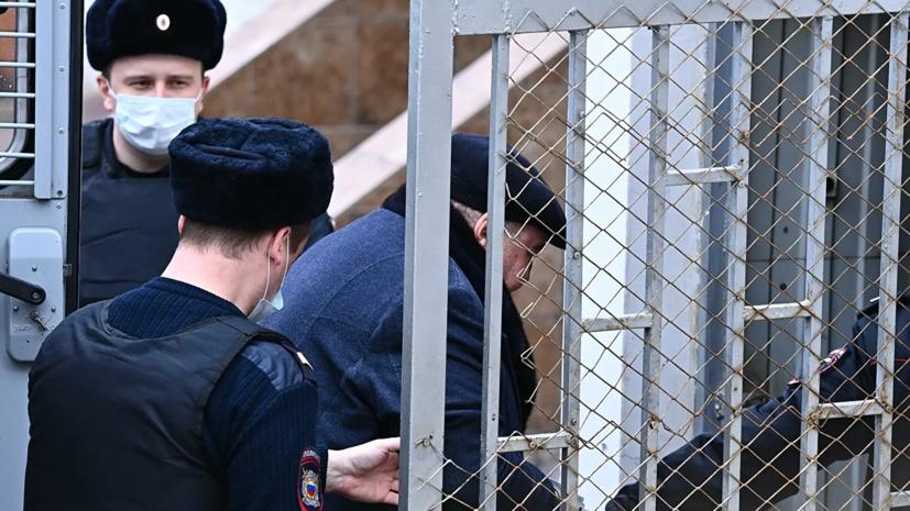 Мосгорсуд отклонил жалобы бизнесмена Шпигеля на продление ареста