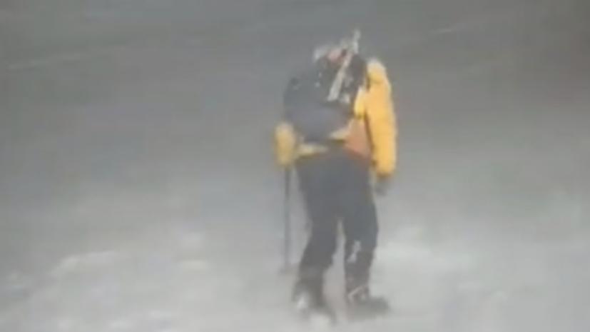 Число спасённых альпинистов на Эльбрусе достигло 14