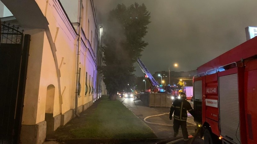 В Минобороны заявили о пожаре на территории Военного университета в Москве