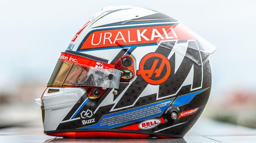 Мазепин выступит на Гран-при России в шлеме с именами призёров Игр в Токио