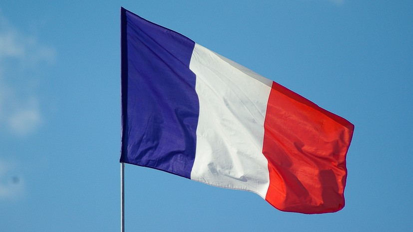 Во Франции прошли манифестации против санитарных пропусков