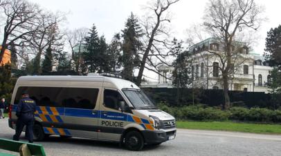 Задержанному в Праге россиянину дали чешского адвоката