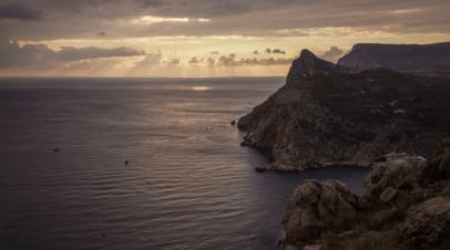Синоптики сообщили, что вода в Чёрном море остыла до 23°C