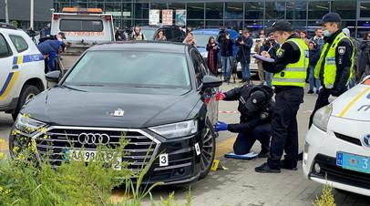 Автомобиль, в котором во время стрельбы находился первый помощник президента Украины Сергей Шефир
