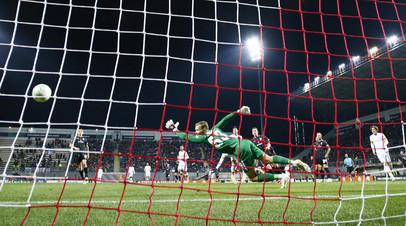 Рома разгромила Зарю в матче Лиги конференций