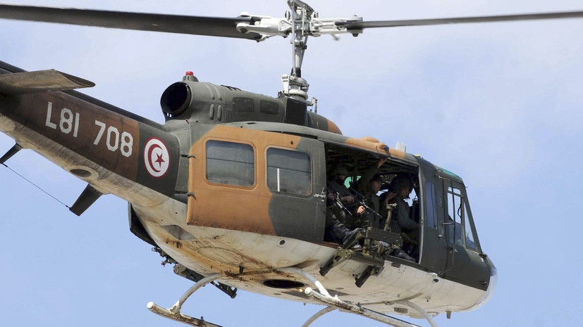 Три человека погибли в результате крушения военного вертолёта в Тунисе