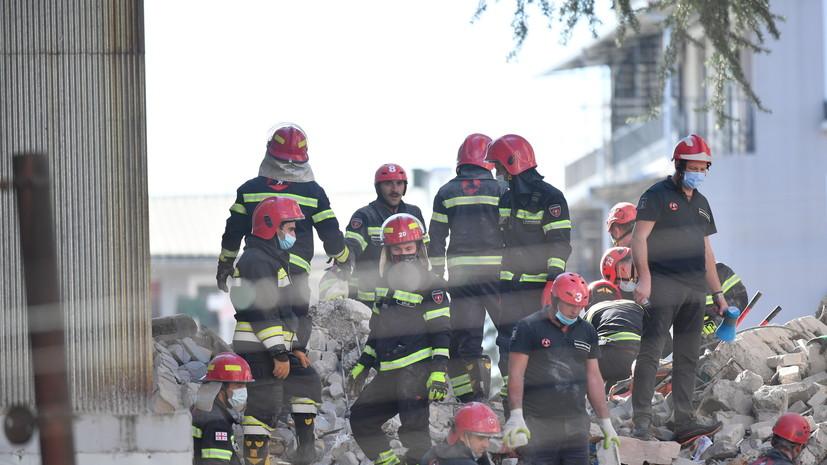 Глава МВД Грузии рассказал о ситуации на месте обрушения дома в Батуми