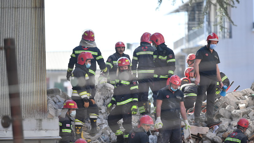 Президент Грузии обратилась к согражданам после обрушения дома в Батуми