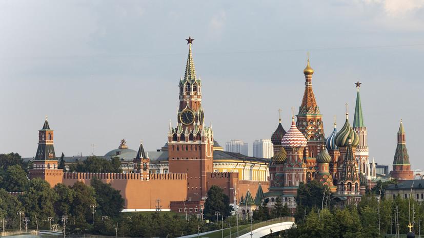 В Кремле назвали безответственным отказ от вакцинации
