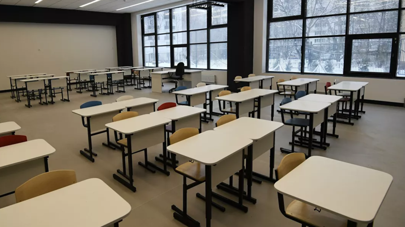 В Рособрнадзоре прокомментировали возможность сдачи экспресс-тестов на COVID-19 в школах