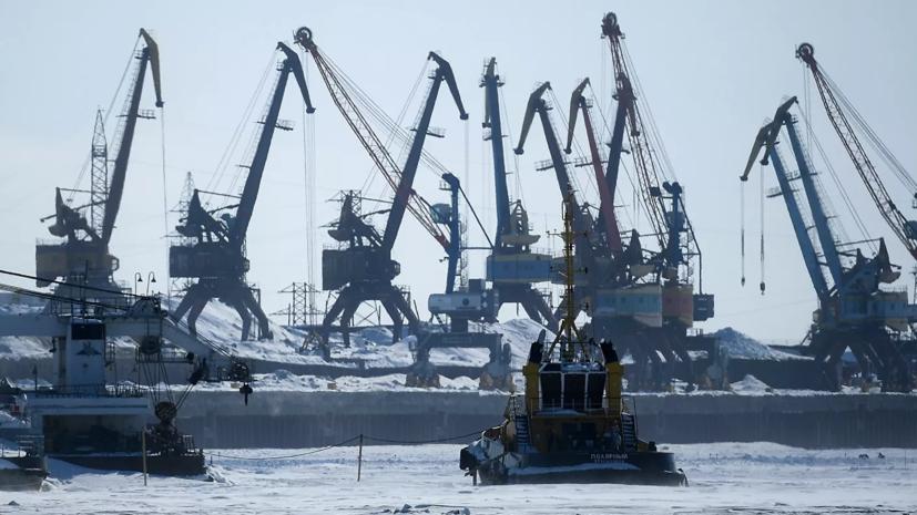Путин призвал другие страны активно использовать Северный морской путь