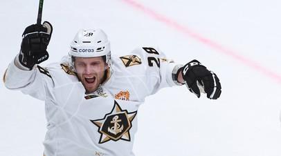 Адмирал прервал четырёхматчевую победную серию Локомотива в КХЛ