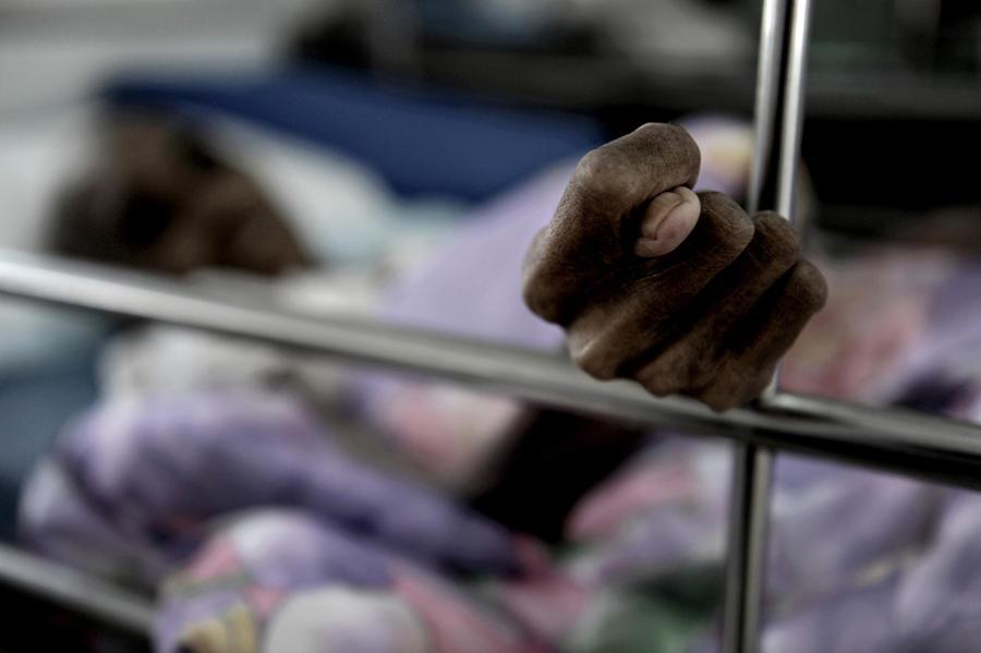 Американских бедняков оставляют умирать от боли