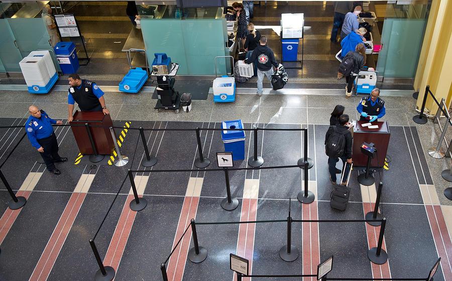9-летний безбилетник пробрался на самолёт в Лас-Вегас