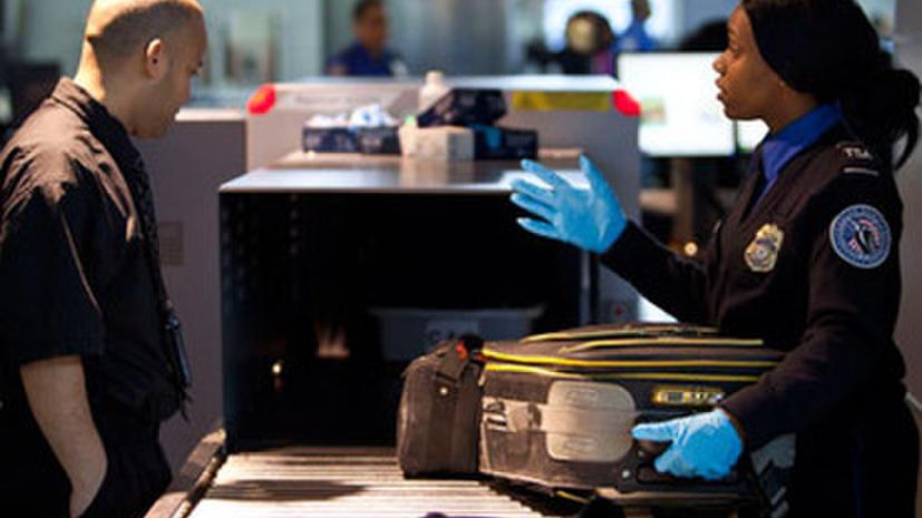 Преступная «безопасность»: в США пассажиров обворовывают сотрудники аэропортов
