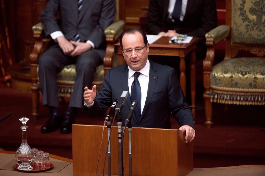 Президент Франции требует отпустить двух похищенных в Сирии журналистов