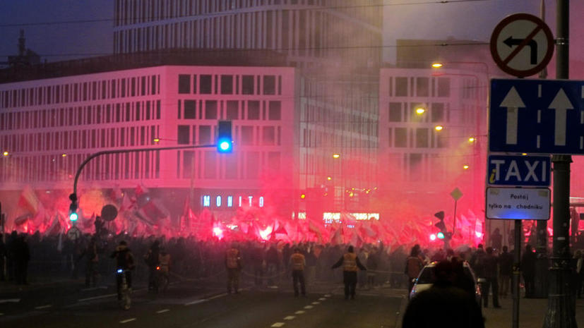 МИД РФ: Инциденты у посольства Польши в Москве и у нашей дипмиссии в Варшаве невозможно сравнить