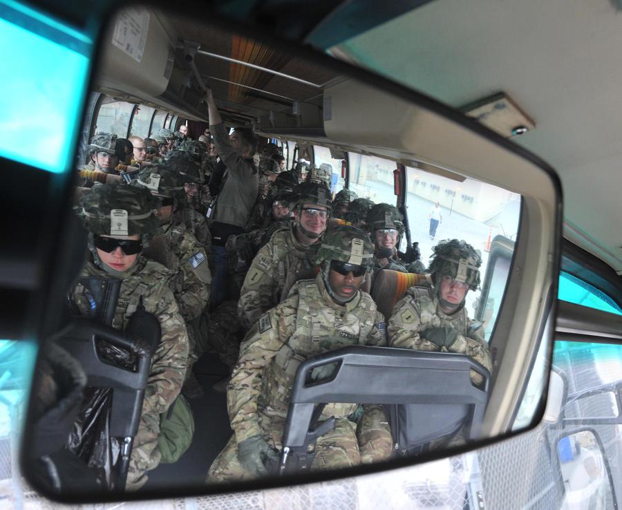 США выведут войска из Афганистана, но не покинут страну