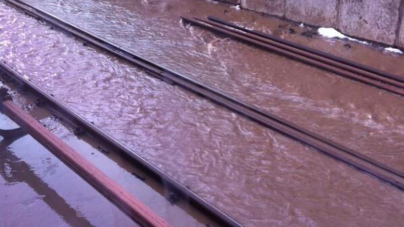 Один человек погиб в результате подтопления путей на синей ветке московского метро