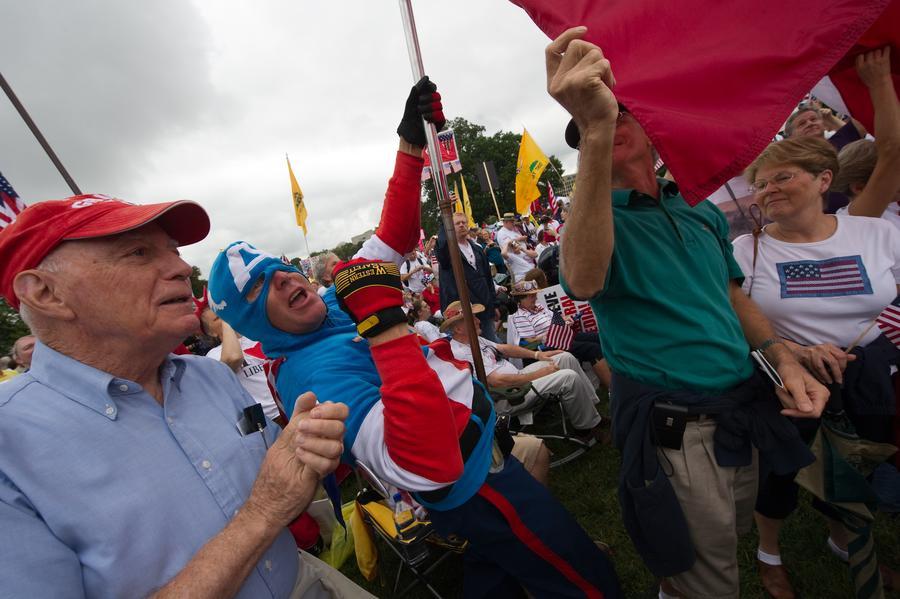 Американские налоговики признали ошибки при проверке политического движения «Чаепитие»