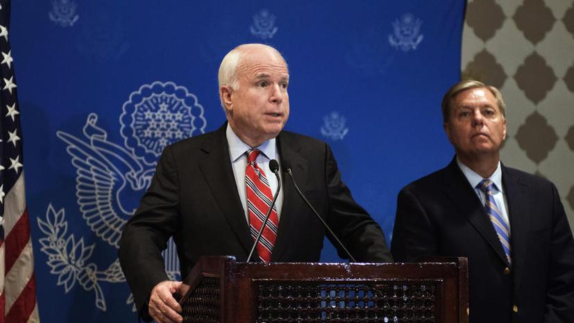 Сенатор Маккейн назвал свержение Мухаммеда Мурси государственным переворотом