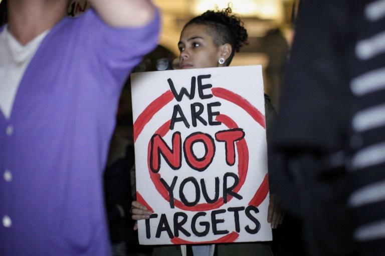 В США полицейские зачастую совершают больше убийств, чем члены уличных банд