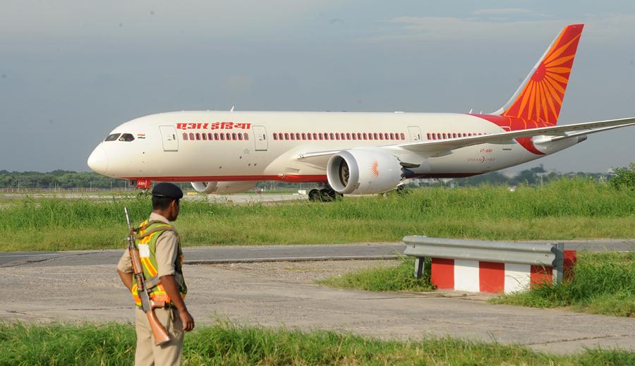 Boeing 787 снят с пассажирских перевозок по всему миру