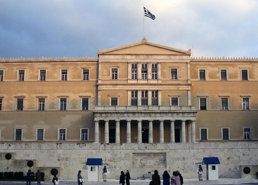Радикалы Греции призвали ввести смертную казнь для преступников-мигрантов