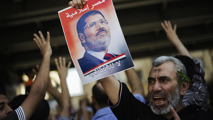 Генпрокуратура Египта обвинила Мухаммеда Мурси в оскорблении правосудия
