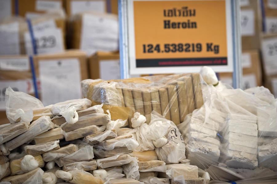 Экс-главу управления ФСКН подозревают в сбыте наркотиков