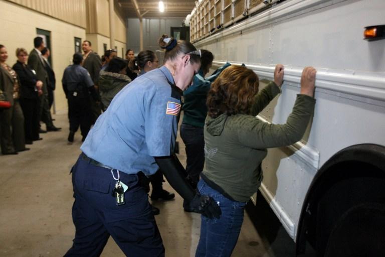 Американские СМИ опубликовали список злоупотреблений полицейских в 2013 году