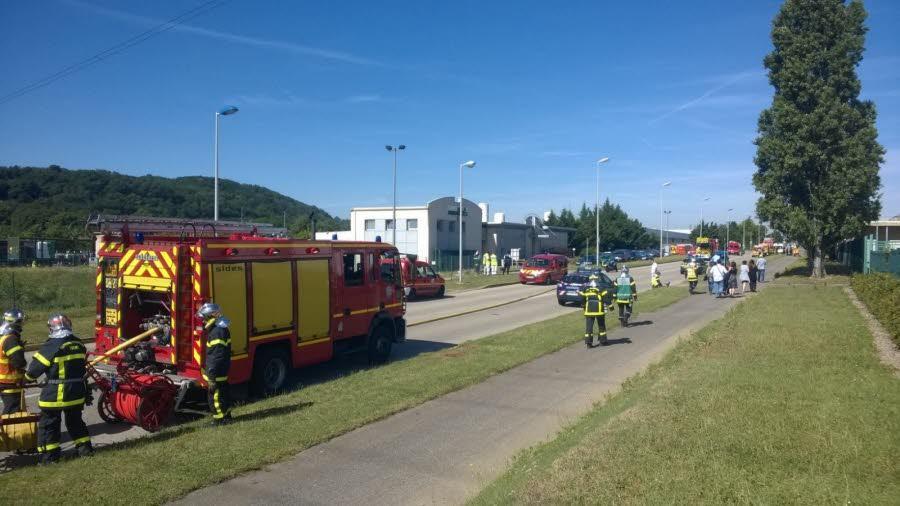 Исламисты совершили атаку на химический завод во Франции, есть погибший