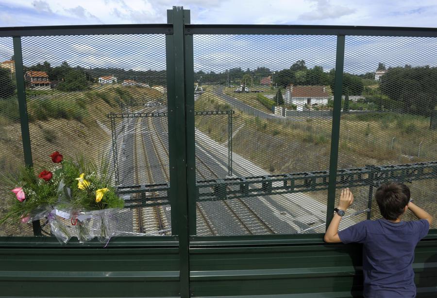 Машинист разбившегося в Испании поезда до аварии говорил с диспечером