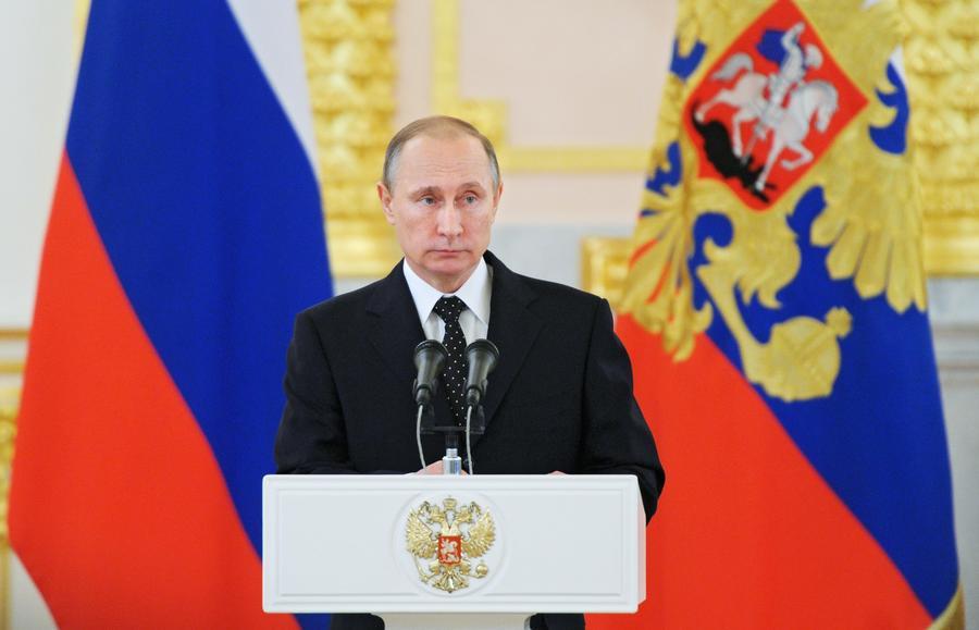 Владимир Путин поручил ввести пакет санкций против Турции
