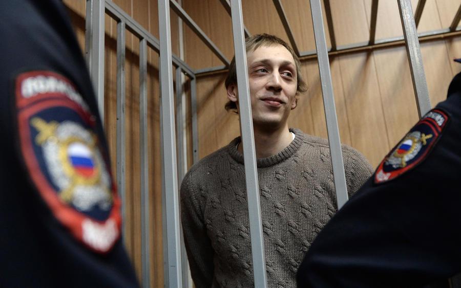 Прокуратура просит приговорить Павла Дмитриченко к девяти годам тюрьмы за покушение на Сергея Филина