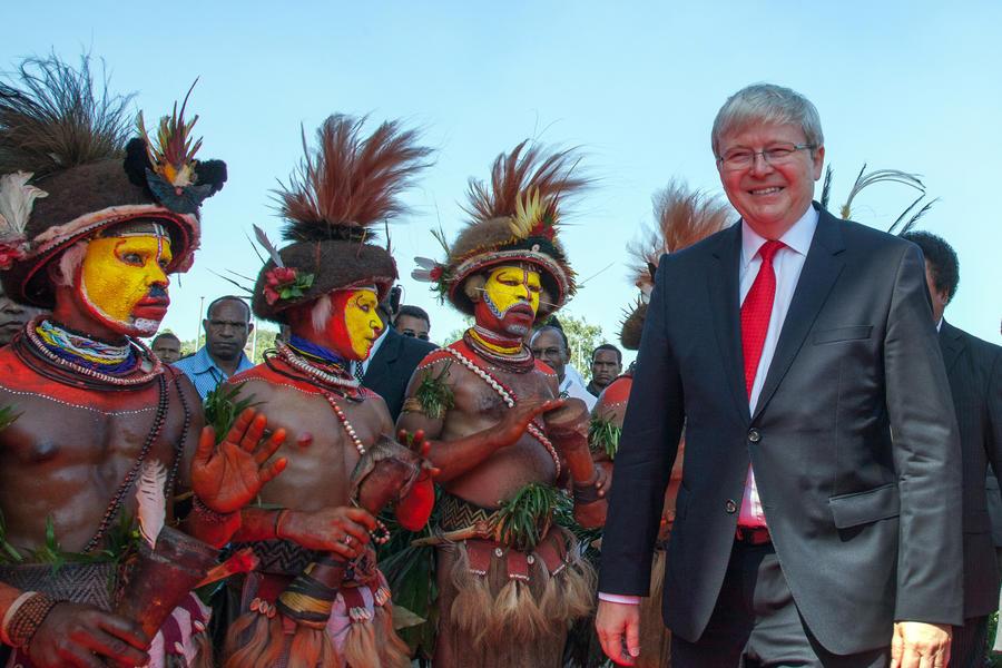 Австралия будет направлять беженцев-нелегалов в Папуа-Новую Гвинею