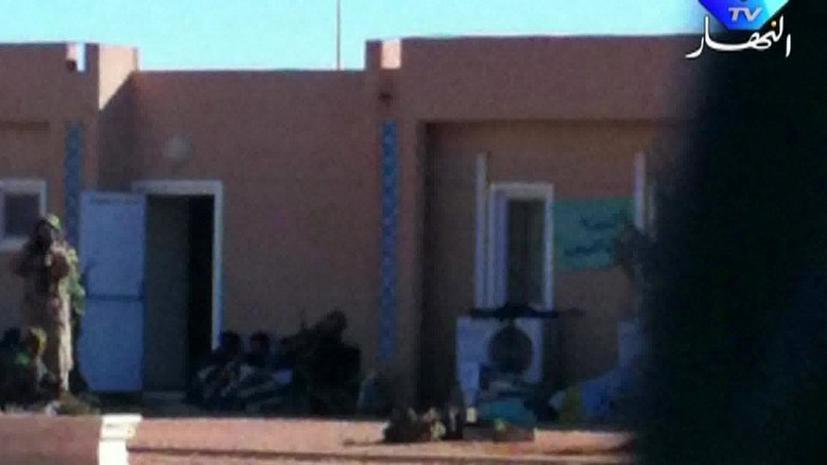 Число жертв атаки террористов в Алжире возросло до 25