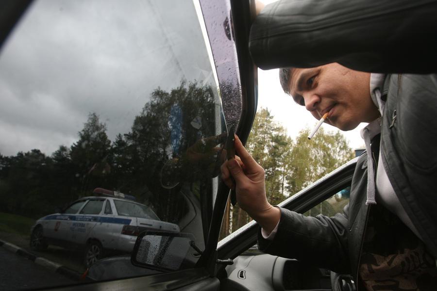 СМИ: За тонировку стёкол автолюбителей будут лишать прав на срок до полугода