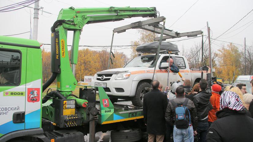 «Работает эвакуатор»: перемещение машин разрешат только в обозначенных специальными знаками зонах
