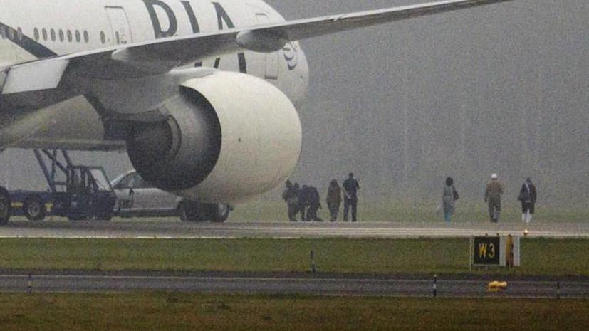 Британцы подняли истребители Typhoon на перехват пассажирского самолёта из Пакистана
