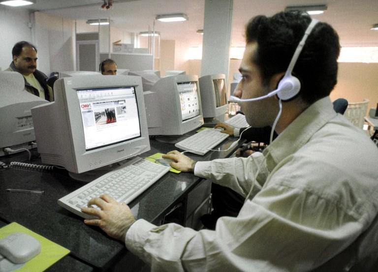 Le Monde: Французские спецслужбы тоже следят за своими гражданами