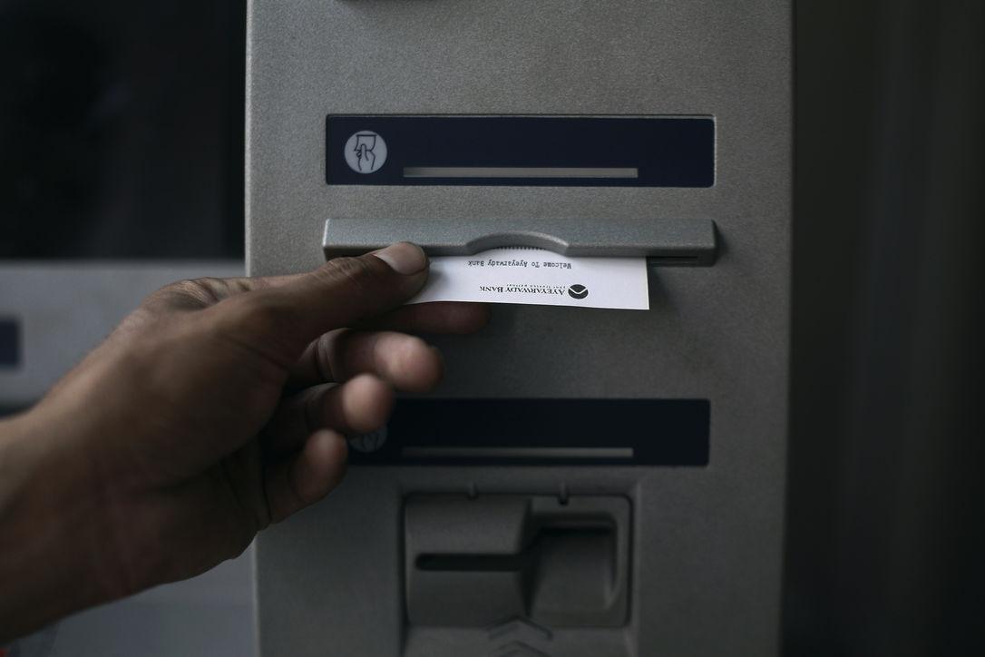 Фальшивые платежные терминалы приносили преступникам миллиарды рублей