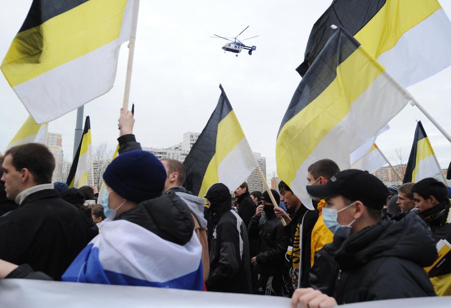 Заксобрание Санкт-Петербурга регламентирует использование флага Российской империи