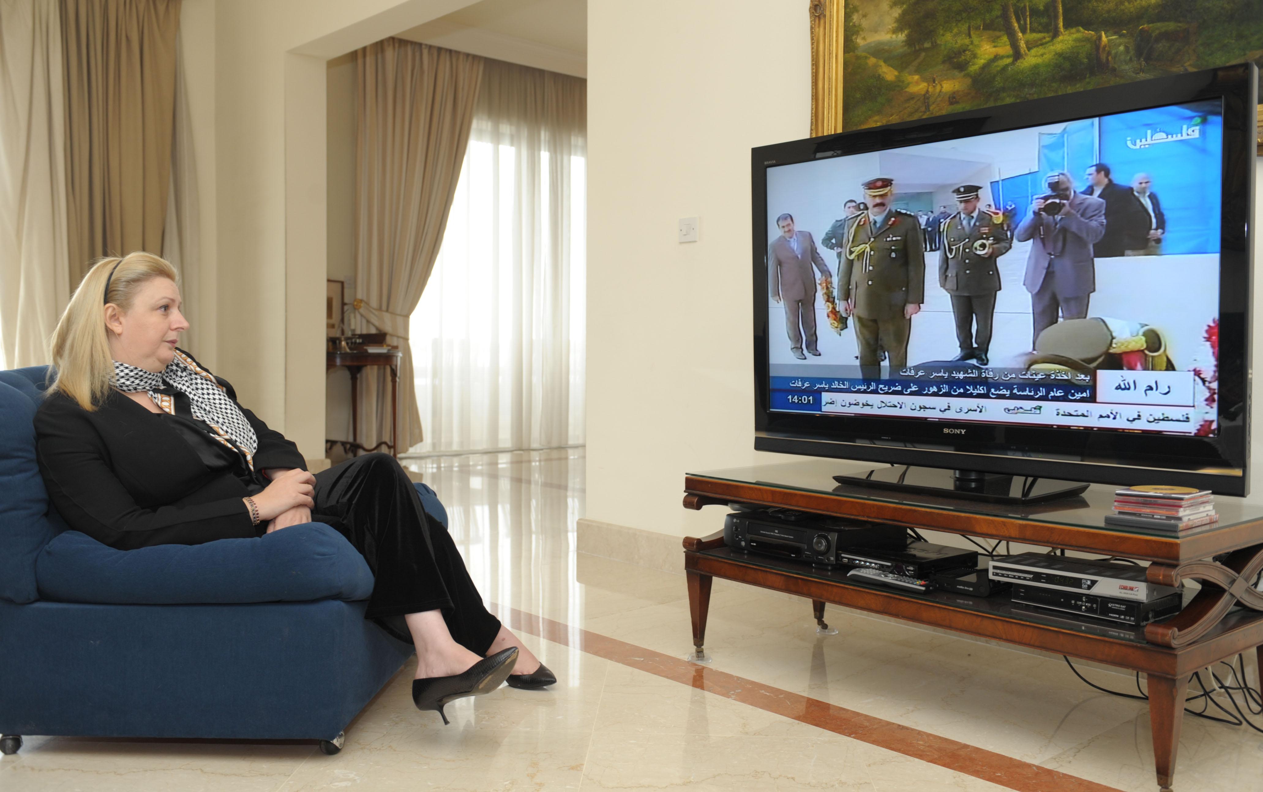 Вдова Арафата не против участия экспертов из РФ в экспертизе останков ее мужа
