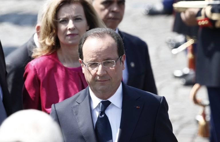 Противники однополых браков освистали президента Франции на параде